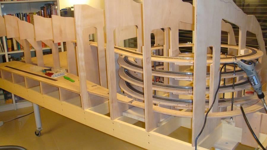 irgendwo und nirgendwo in graub nden. Black Bedroom Furniture Sets. Home Design Ideas